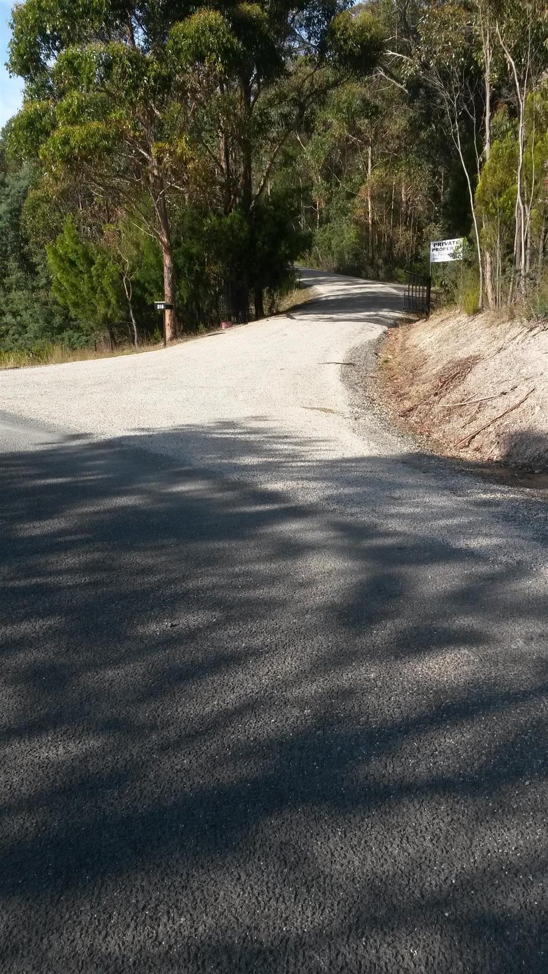 Rockit Asphalting Driveway Sealing (5).jpg