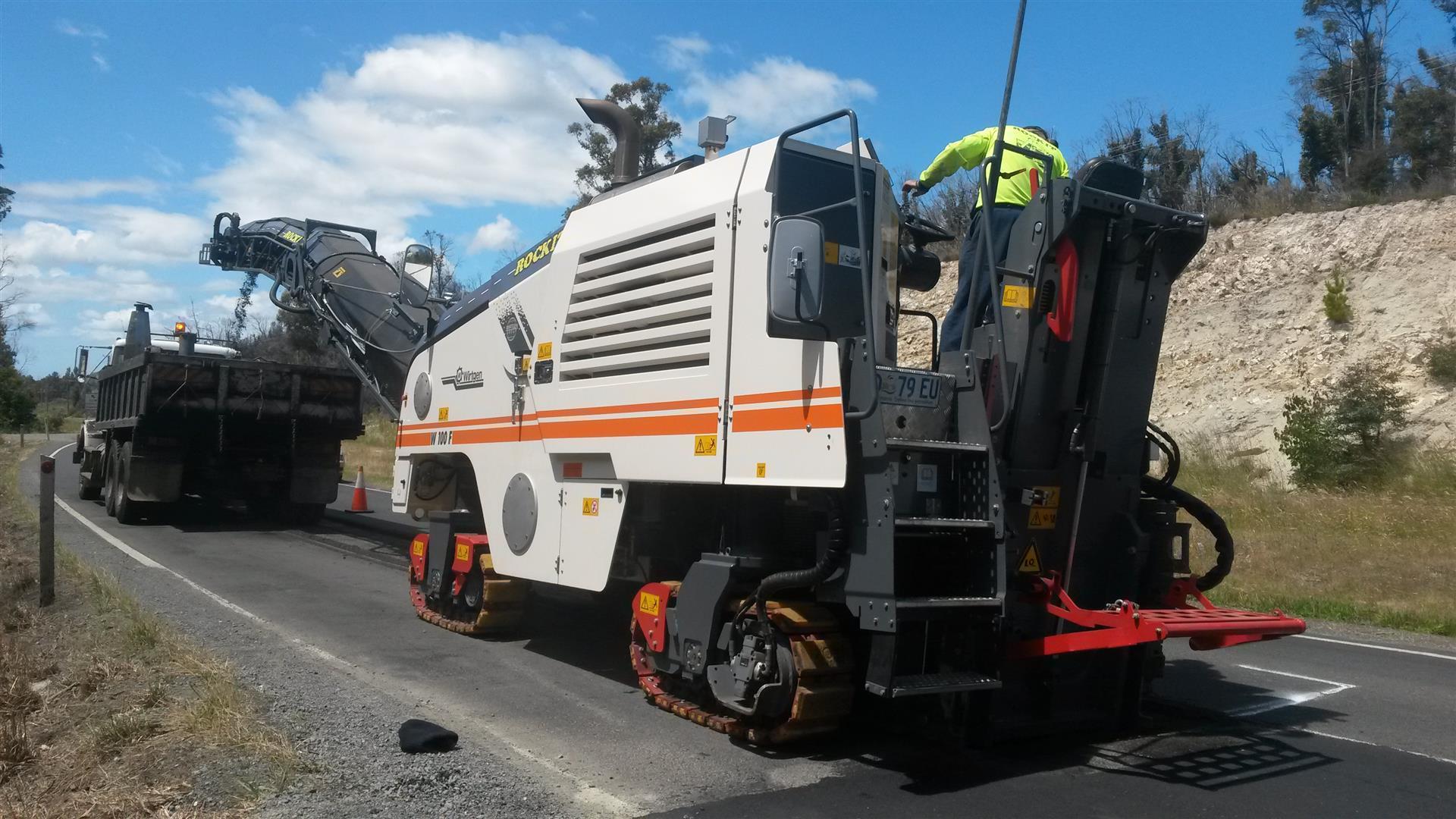 Rockit Asphalting Road Work (13).jpg