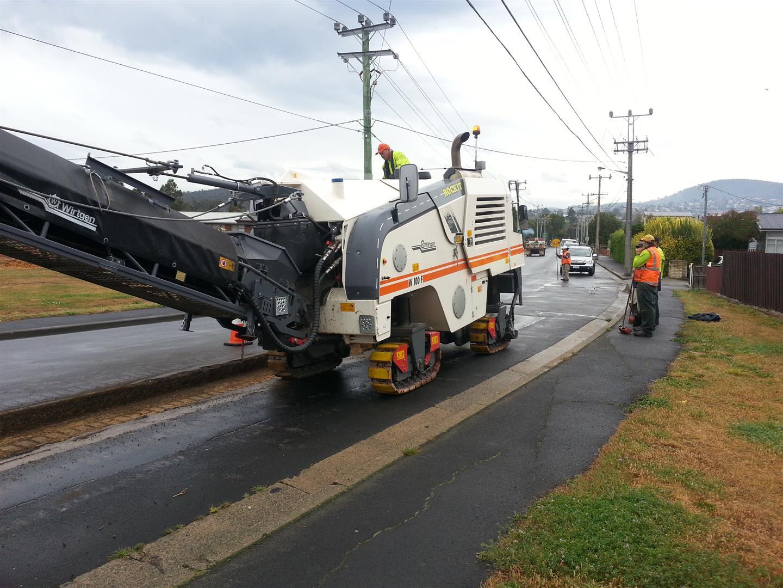 Rockit Asphalting Road Work (15).jpg
