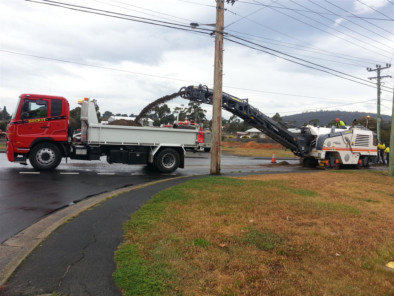 Rockit Asphalting Road Work (16).jpg